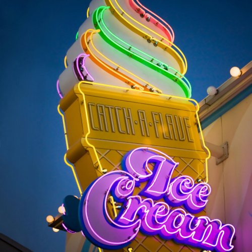 retro_neon_ice_cream_cone_sign_-_retro_kitchen_decor_-_ice_cream_shoppe_art_-_vintage_typography_-_8x10_fine_art_photograph_32f3acbd